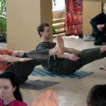 Занятие по аштанга-йоге в Одессе по руководством Ольги Шекир. Март 2004г. Фото третье