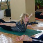 Занятие по аштанга-йоге в Одессе по руководством Ольги Шекир. Март 2004г. Фото восьмое