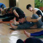 Занятие по аштанга-йоге в Одессе по руководством Ольги Шекир. Март 2004г. Фото десятое