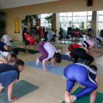 Занятие по аштанга-йоге в Одессе по руководством Андрея Внукова. Март 2004. Фото второе