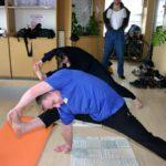 Занятие по аштанга-йоге в Одессе по руководством Андрея Внукова. Март 2004. Фото восьмое