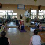 Занятие по аштанга-йоге в Одессе по руководством Ляшенко Генадия. Февраль 2004г. Фото двенадцатое