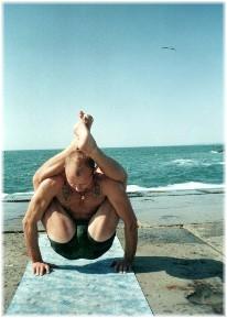 Йога в Одессе. Ярослав Саргюнас. 2000г. Фото второе