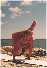 Йога в Крыму. Ярослав Саргюнас. 2001г. Фото восьмое