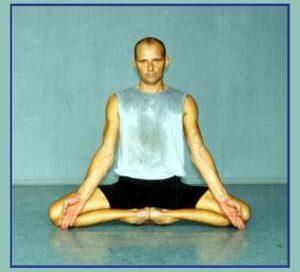 Йога в Одессе. Ярослав Саргюнас. 2002г. Фото третье