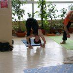 Занятие по аштанга-йоге в Одессе по руководством Александра Гортовлюка. Февраль 2004г. Фото первое