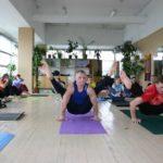 Занятие по аштанга-йоге в Одессе по руководством Александра Гортовлюка. Февраль 2004г. Фото девятое