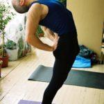 Занятие по аштанга-йоге в Одессе по руководством Виктории Никитюк. Март 2004. Фото 3